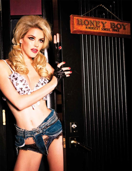 ashley-smith-ellen-von-unwerth-galore-12-9-12-08