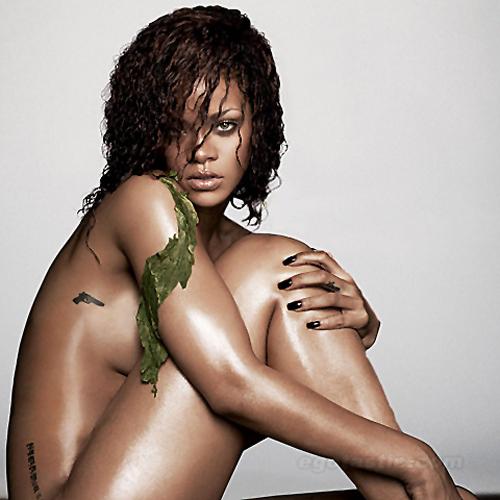 Rihanna-Esquire-01-h-20111013