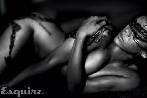 Rihanna-Esquire-07-h-20111013